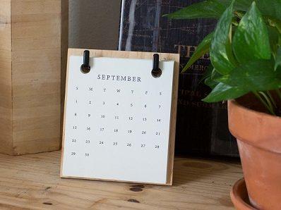 flip calendar displaying September